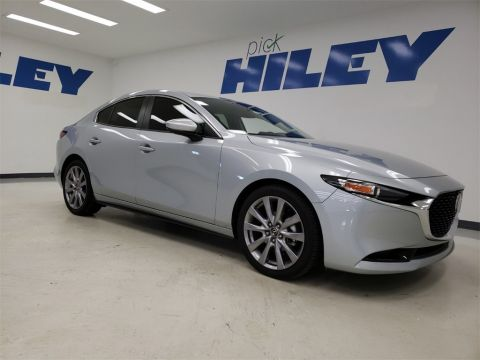 Pre-Owned 2019 Mazda3 Preferred Base